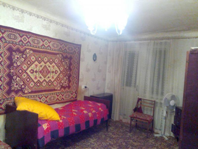 Квартира, 1-комн., Панютино, Лозовской район