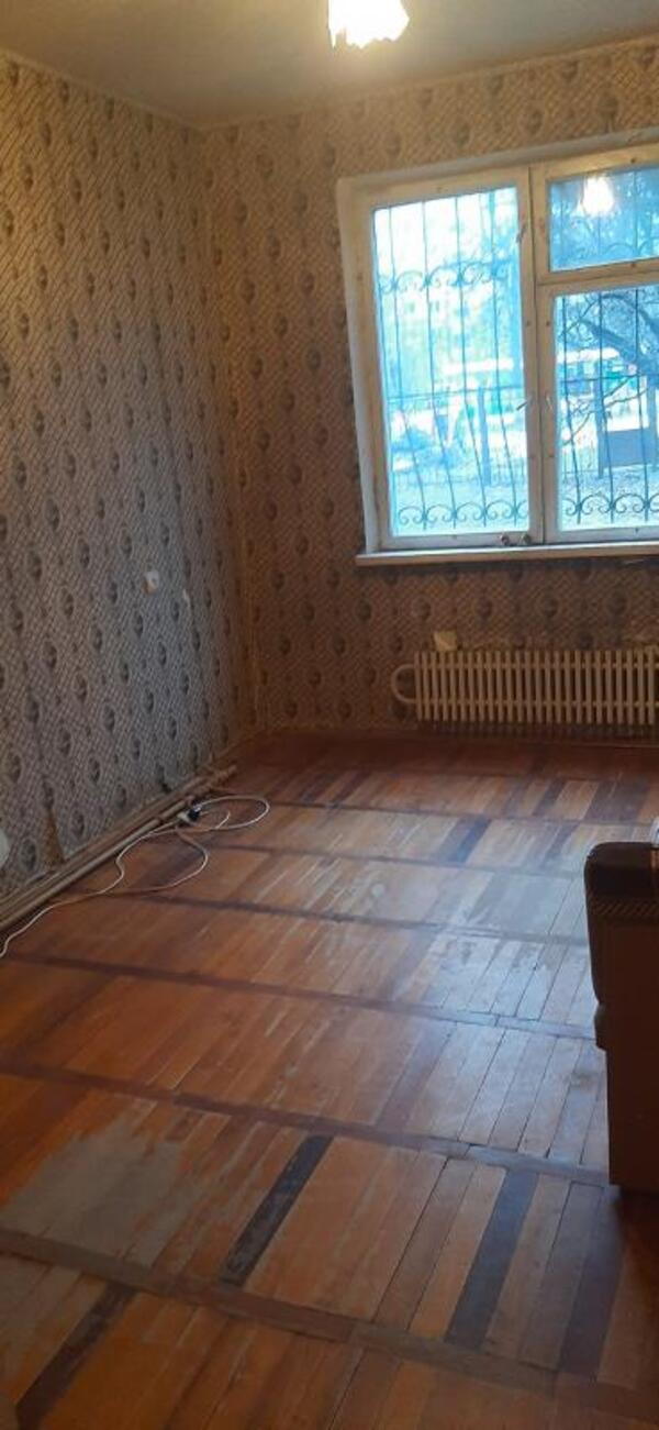 Квартира, 4-комн., Харьков, Залютино, Золочевская
