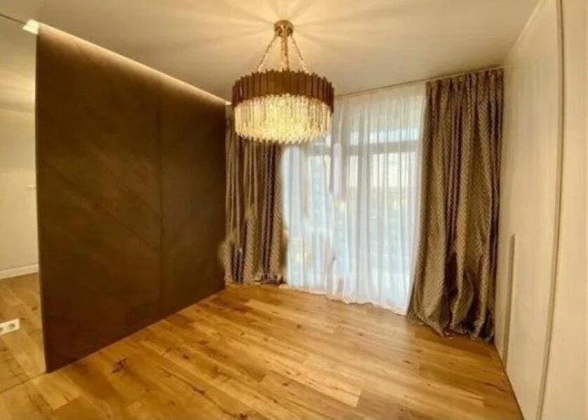 Купить 3-комнатная квартира, Харьков, НАГОРНЫЙ, Студенческая
