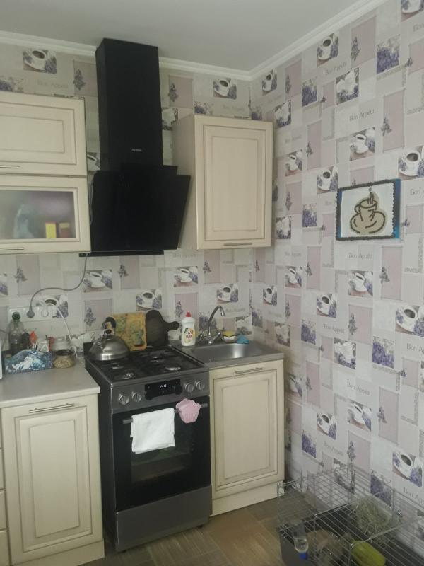 Купить 1-комнатная квартира, Змиев, Центральная (Кирова, Ленина), Харьковская область