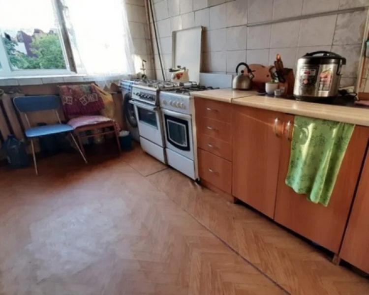 Купить 2-комнатная гостинка, Харьков, Завод Шевченко, Власенко