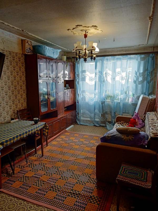Квартира, 3-комн., Харьков, Рогань жилмассив, Зубарева