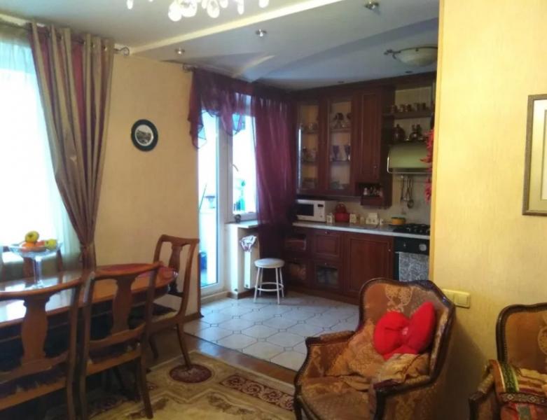 Купить 3-комнатная квартира, Харьков, Павлово Поле, 23 Августа (Папанина)