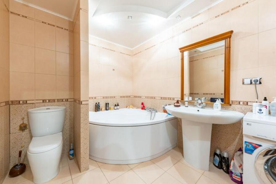 Купить 3-комнатная квартира, Харьков, Салтовка, Краснодарская