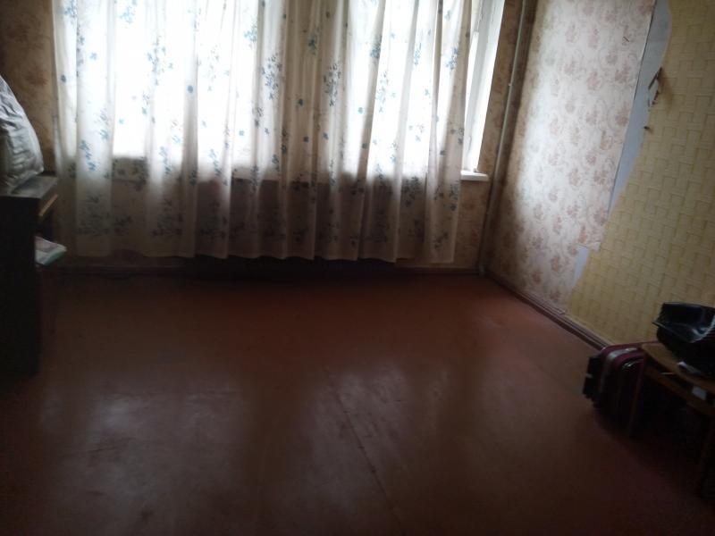 Квартира, 2-комн., Эсхар, Чугуевский район, Богдана Хмельницкого