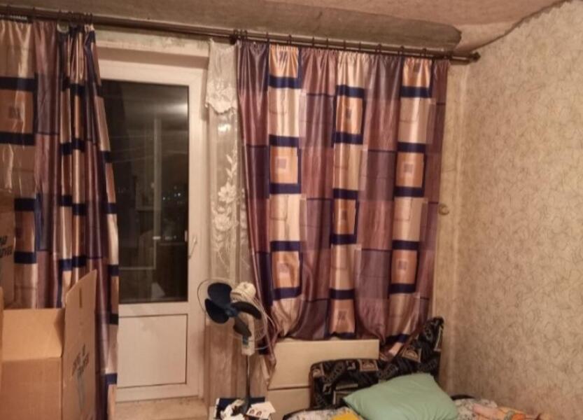 Купить 1-комнатная квартира, Чугуев, Героев Чернобыля (Щорса, Красных партизан), Харьковская область
