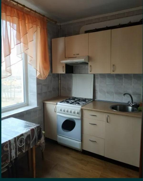 Квартира, 3-комн., Харьков, 606Ам/р, Валентиновская (Блюхера)