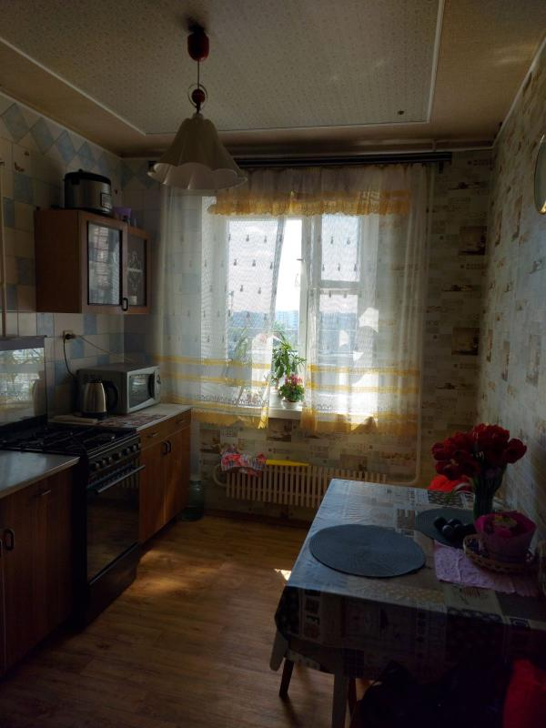Квартира, 3-комн., Харьков, Новые Дома, Ньютона