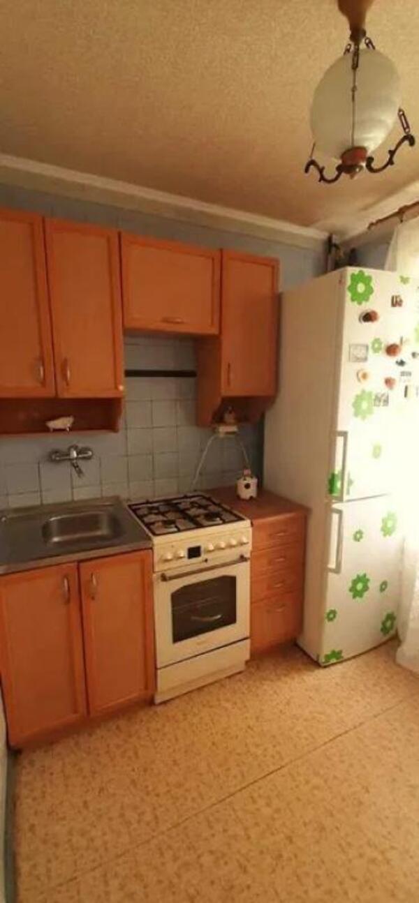 Квартира, 2-комн., Харьков, ХТЗ, Александровский пр. (Косиора пр.)