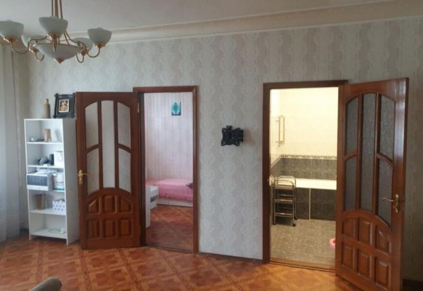 Купить 3-комнатная квартира, Харьков, Алексеевка, Садовая (Чубаря, Советская, Свердлова)