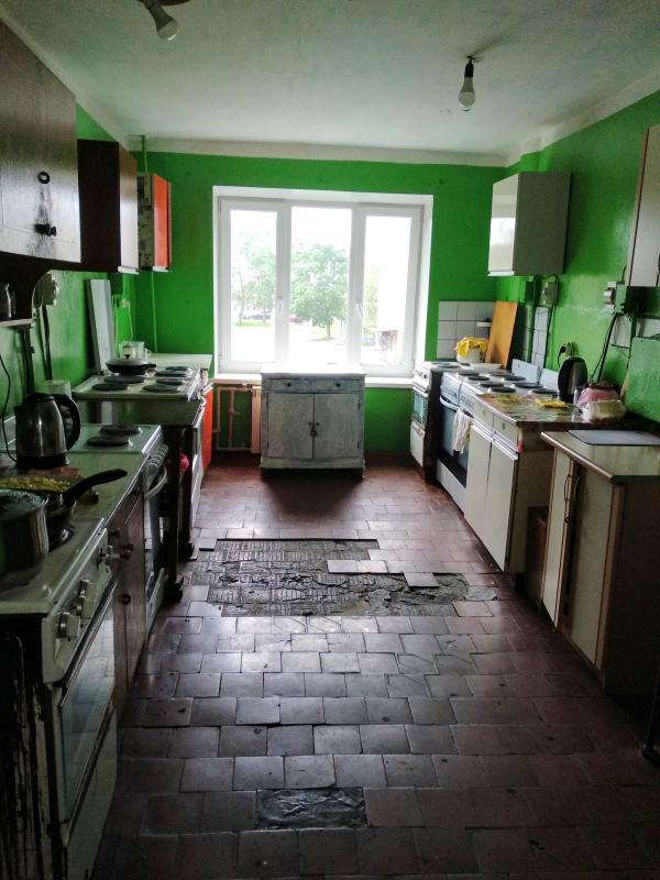 Купить 1-комнатная гостинка, Харьков, Рогань жилмассив, Роганская