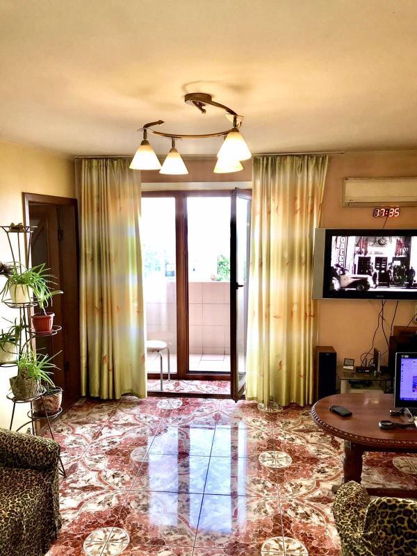 Купить 3-комнатная квартира, Харьков, Центральный рынок метро, Дмитриевская