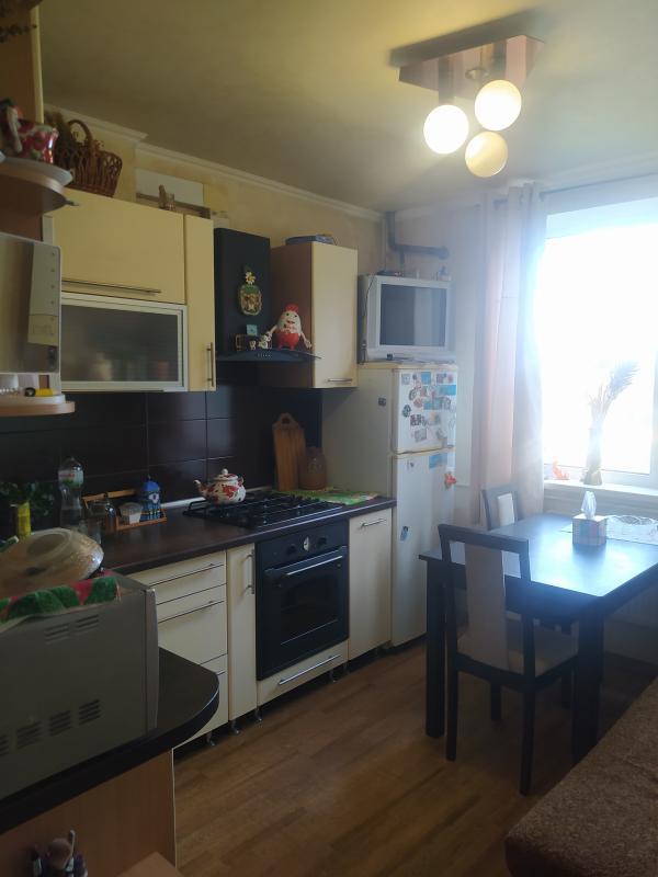 Купить 2-комнатная квартира, Дергачи, Суворова, Харьковская область