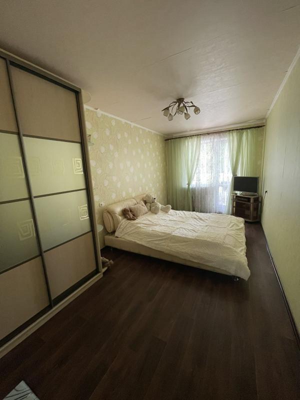 Купить 3-комнатная квартира, Харьков, Залютино, Золочевская