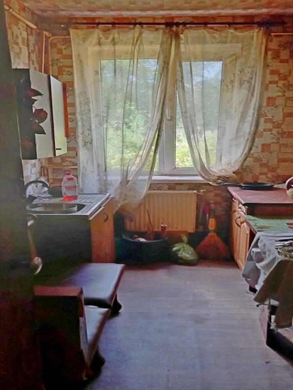 Купить 3-комнатная квартира, Эсхар, Молодежная, Харьковская область