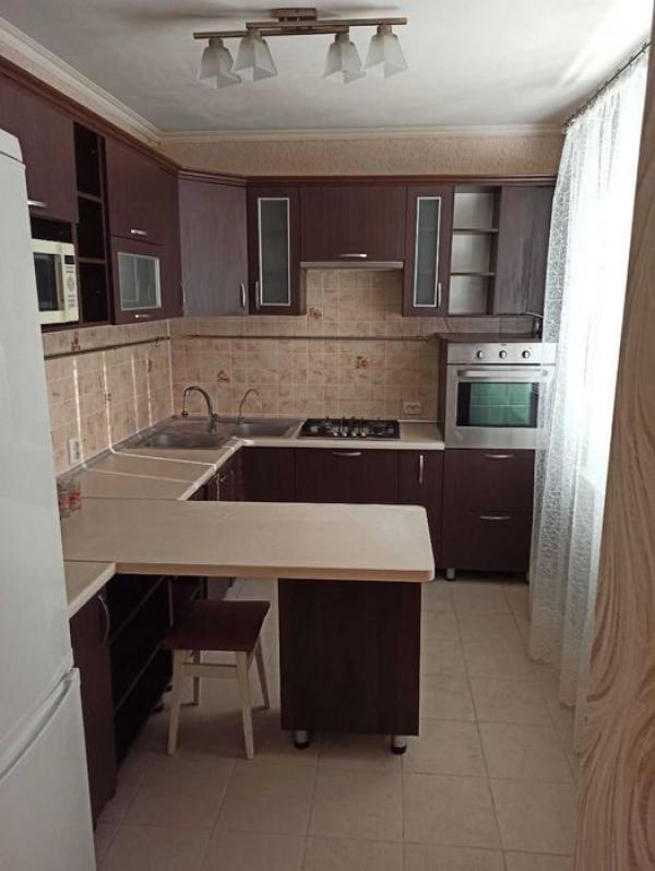 Купить 3-комнатная квартира, Харьков, Лопанская ул.