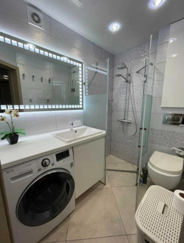 Купить 3-комнатная квартира, Дергачи, Сумской путь, Харьковская область