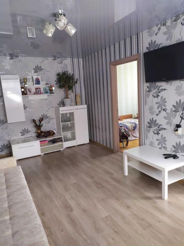 Купить 4-комнатная квартира, Чугуев, Кожедуба, Харьковская область