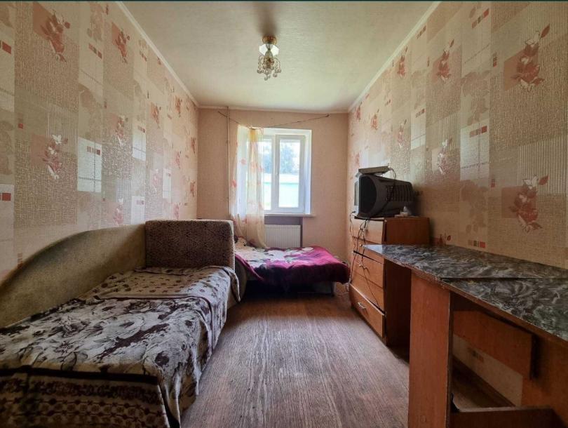Купить Array-комнатная гостинка, Харьков, Завод Шевченко, Array