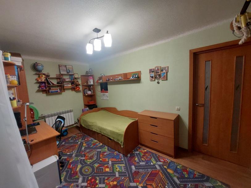 Купить 3-комнатная квартира, Чугуев, Харьковская, Харьковская область