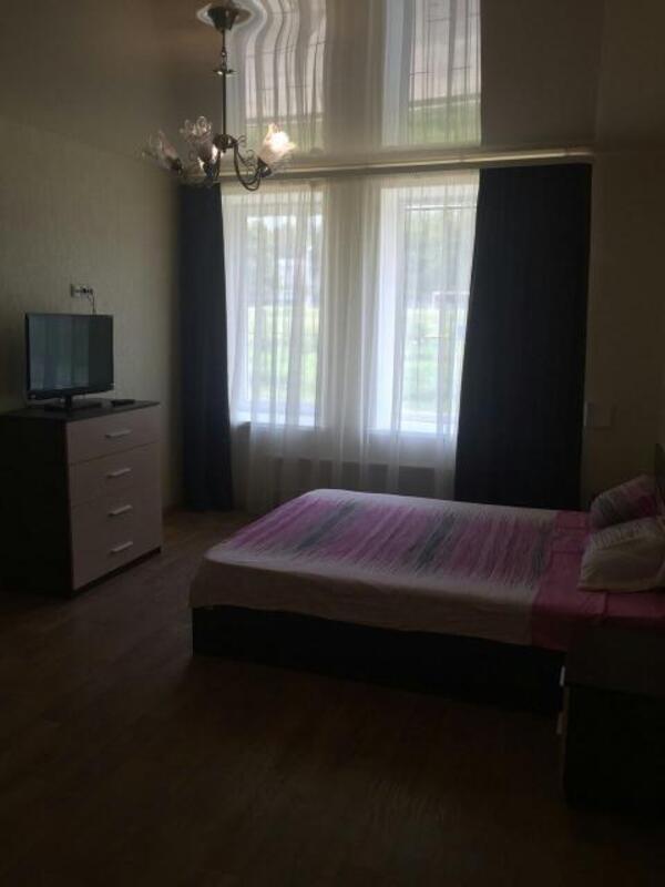 1 комнатная квартира/дом, Харьков, Салтовка, Тракторостроителей просп. (412987 1)