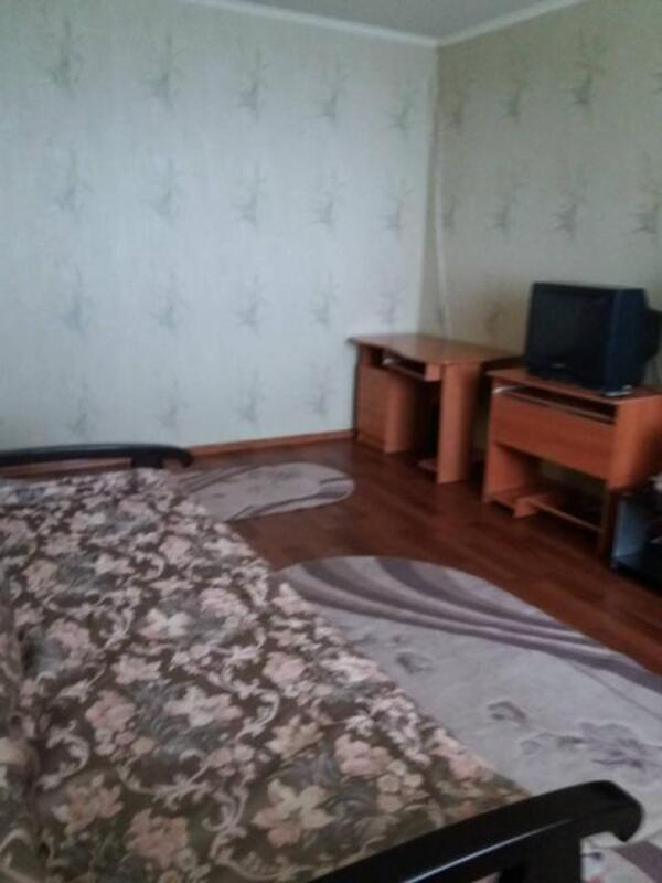 2 комнатная квартира/дом, Харьков, Рогань жилмассив, Луи Пастера (500239 2)
