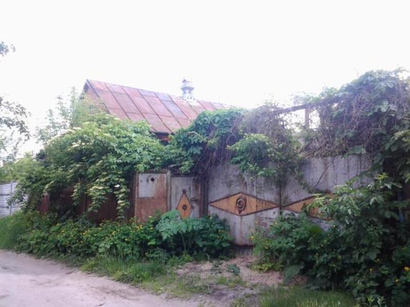 Дом, Змиев, Харьковская область (107956 3)