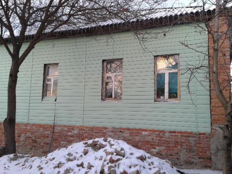 Дом, 2-комн., Чугуев, Чугуевский район