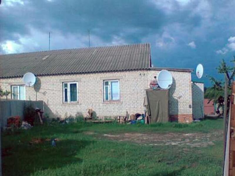 Дом, 4-комн., Великий Бурлук, Великобурлукский район