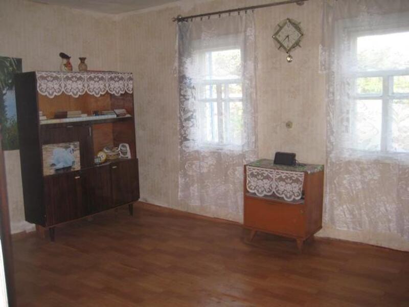 дом, Змиев, Харьковская область (190156 2)