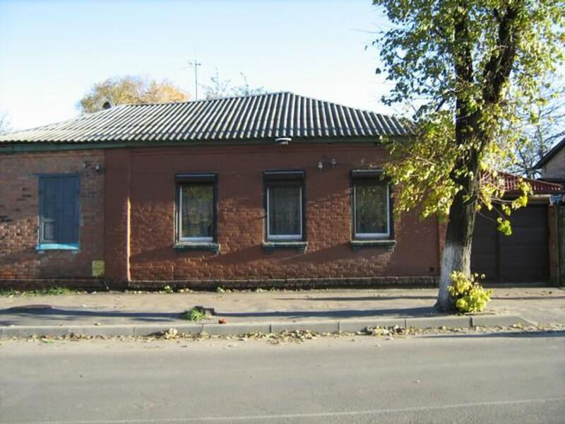 Дом, 7-комн., Люботин, Харьковский район