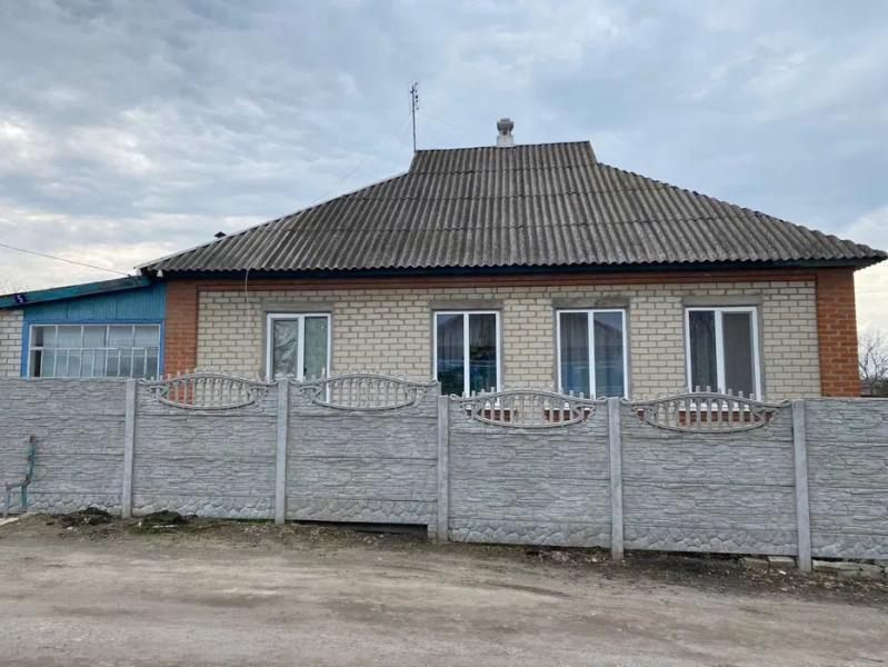 Дом, 4-комн., Коробочкино, Чугуевский район