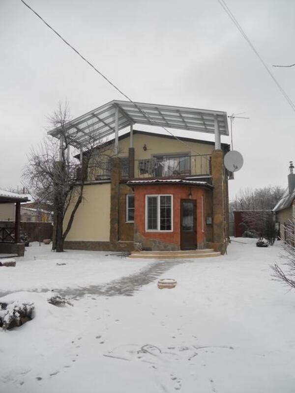 Дом, 6-комн., Пивденное (Харьк.), Харьковский район