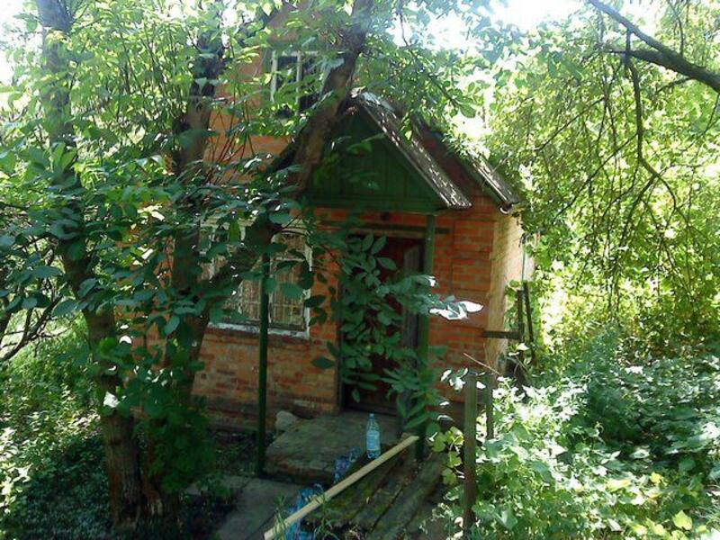 Дача, 2-комн., Люботин, Харьковский район