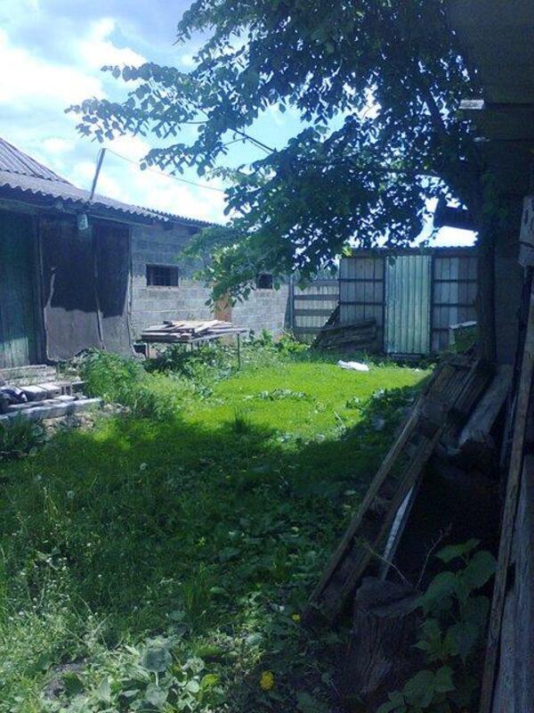 Дом, Русские Тишки, Харьковская область (230429 2)