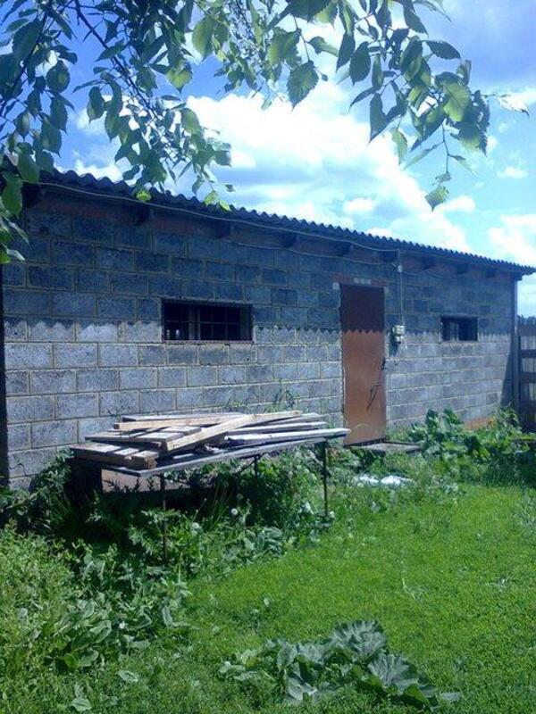 Дом, Русские Тишки, Харьковская область (230429 3)