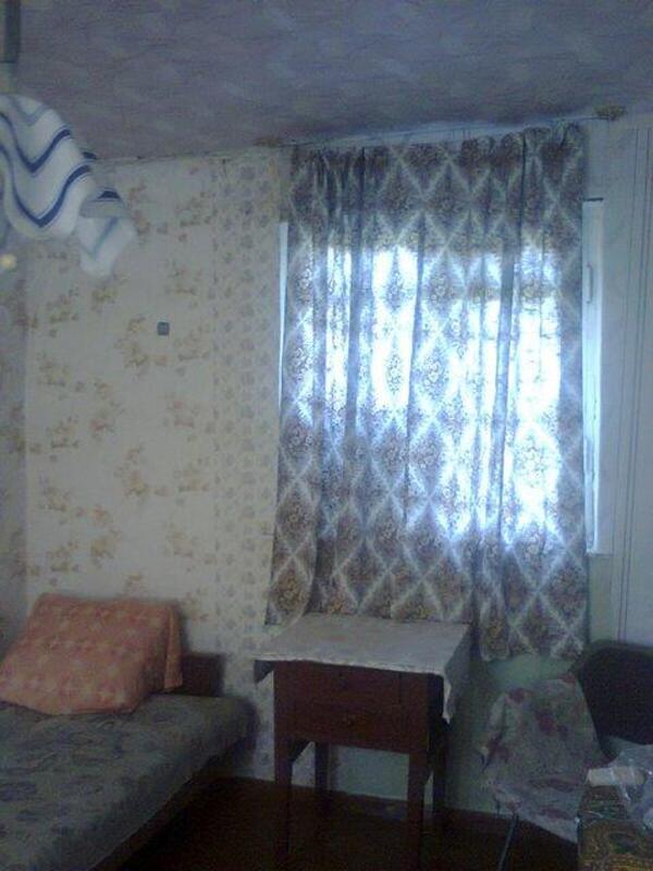 Дом, Русские Тишки, Харьковская область (230429 4)