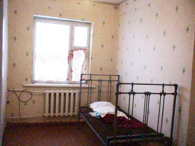Дом, 3-комн., Новосёловка, Нововодолажский район