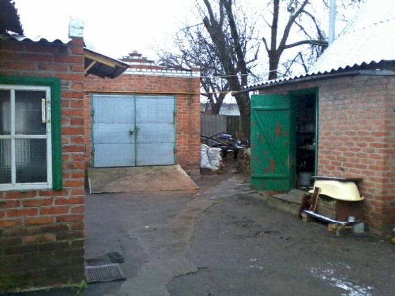 Дом, 3-комн., Ватутино, Нововодолажский район