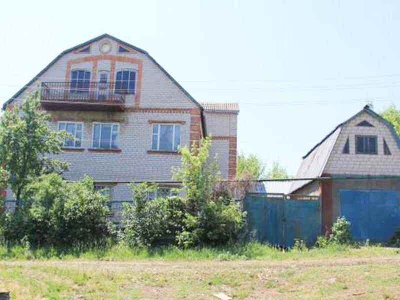 Дом, 6-комн., Купянск, Купянский район