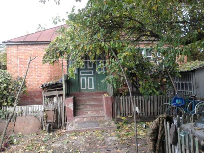 Дом, 2-комн., Должик(Золочев), Золочевский район