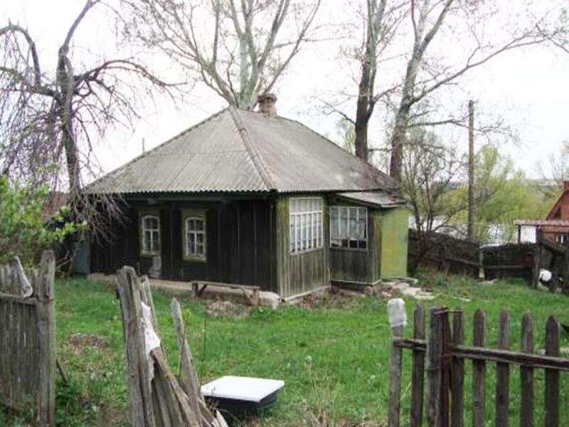 Дом, 2-комн., Валки, Валковский район