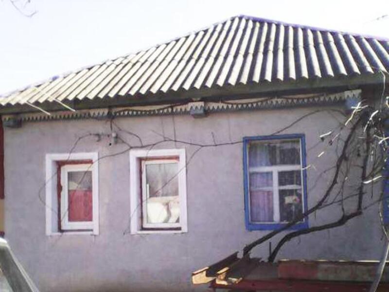 дом, Люботин, Харьковская область (320220 8)