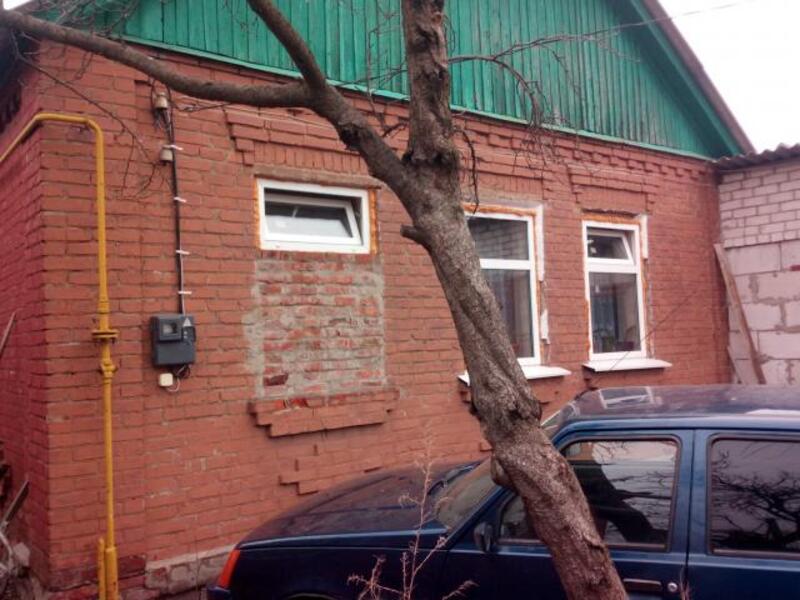 Дом, 2-комн., Песочин, Харьковский район