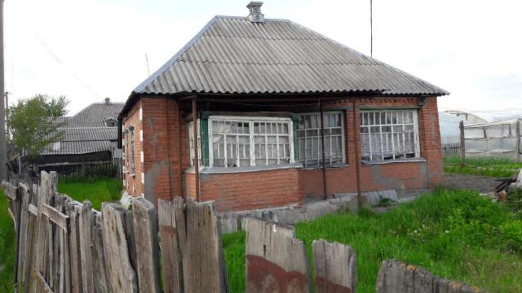 дом, Печенеги, Харьковская область (330961 2)