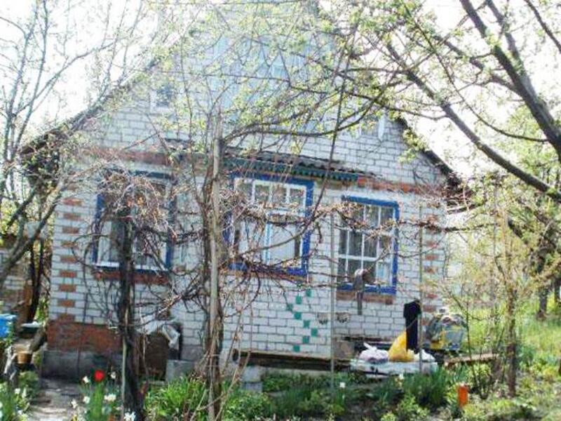 Дача, 2-комн., Красная Поляна, Змиевской район