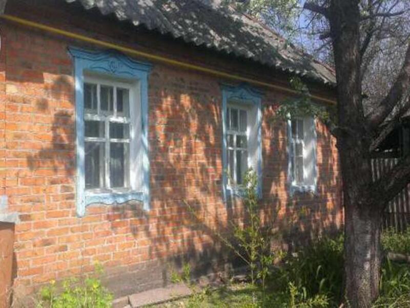 Дом, 4-комн., Гуты, Богодуховский район