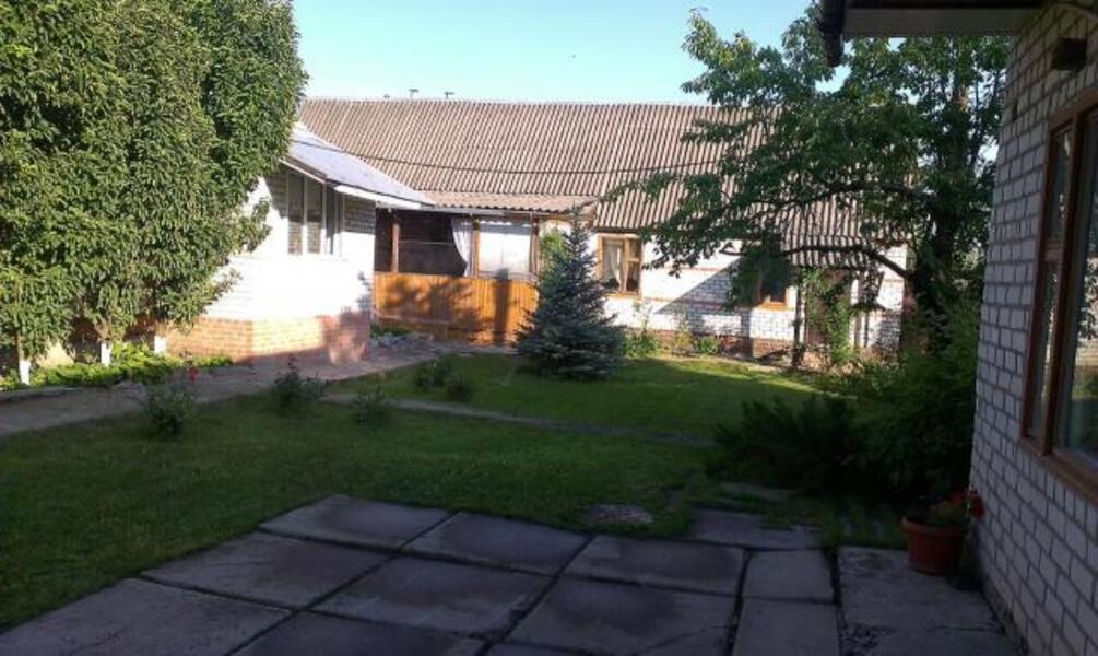 дом, Докучаевское(Коммунист), Харьковская область (350763 1)