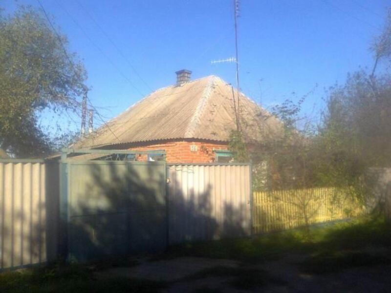 дом, Золочев, Харьковская область (369061 11)