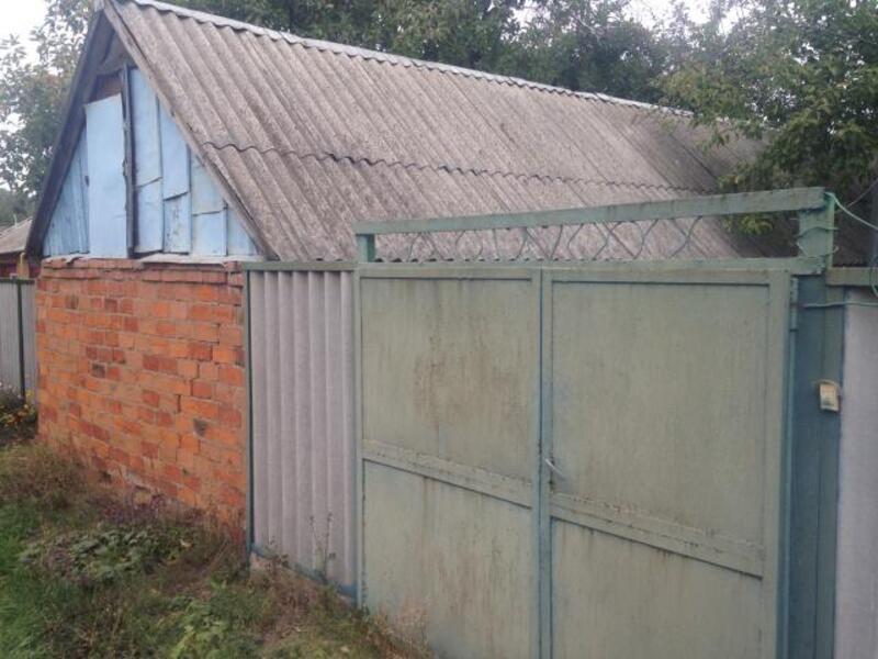 дом, Золочев, Харьковская область (369061 14)